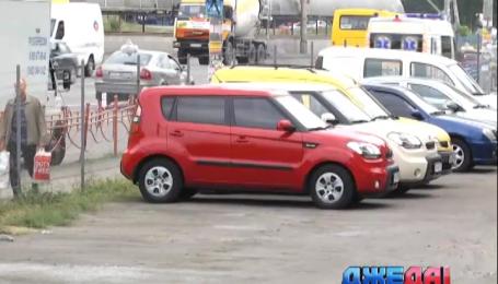Как столичная власть борется с нелегальными парковками