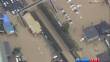 Японию и Италию затопило, а Израиль накрыла песчаная буря