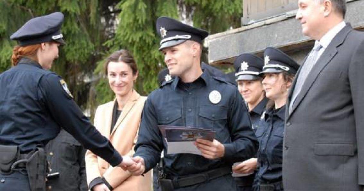 Під час урочистого вручення нових погонів та жетонів патрульним поліцейським Києва @ Прес-служба МВС України