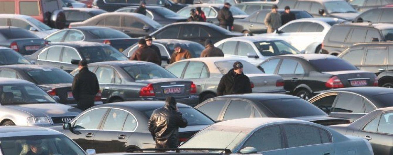"""Чому в Литві автомобілі коштують у кілька разів дешевше, ніж в Україні. Експеримент """"Грошей"""""""