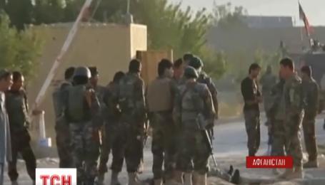 В Афганістані таліби напали на в'язницю і звільнили 350 в'язнів