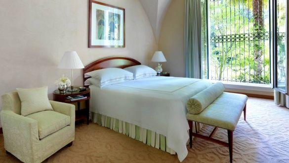 Готель в Італії, де живе Кобзон_4