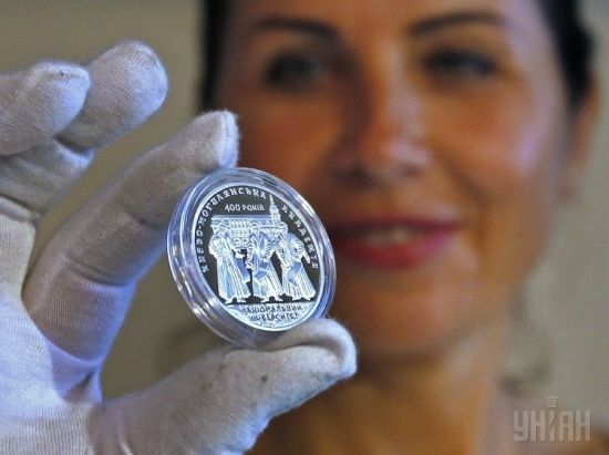 Нацбанк заробив на пам'ятних монетах 140 млн гривень
