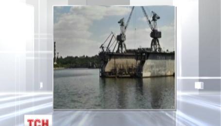 В акваторію суднобудівного заводу у Миколаєві для ремонту зайдуть два військових судна
