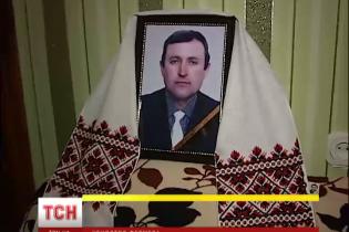 На Київщині по-звірячому вбили фермера і отруїли його собак