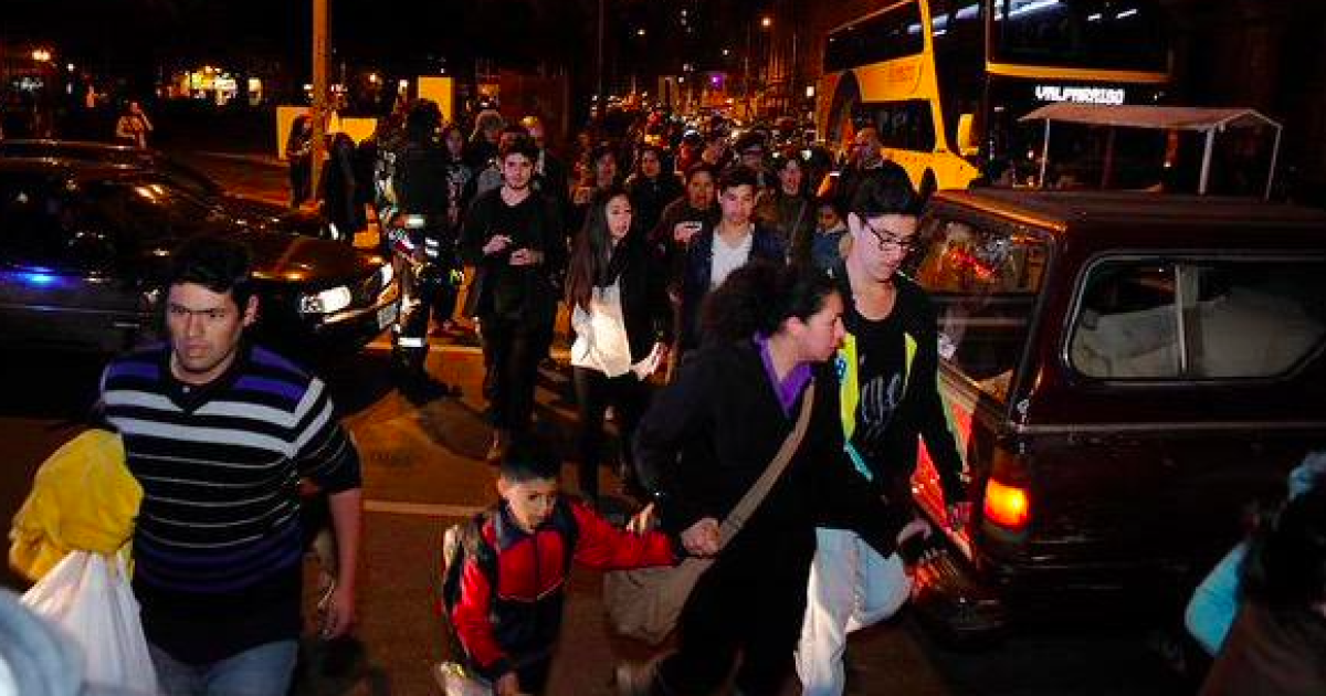 В Чили из-за землетрясения и цунами выросло число погибших, эвакуированы миллион человек