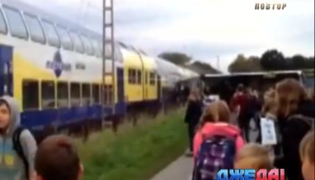 Молодой водитель школьного автобуса спасла детей от столкновения с поездом