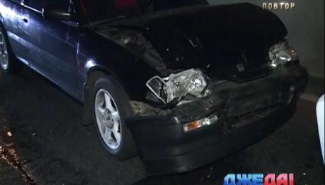 Авария с участием сразу пяти автомобилей произошло на столичной набережной