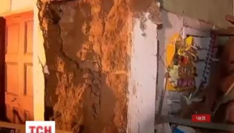 В Чили после мощного землетрясения разбирают завалы и до сих пор ищут погибших