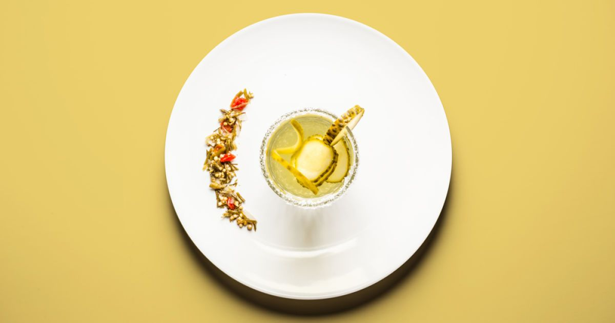 Коктейль із солоних огірків