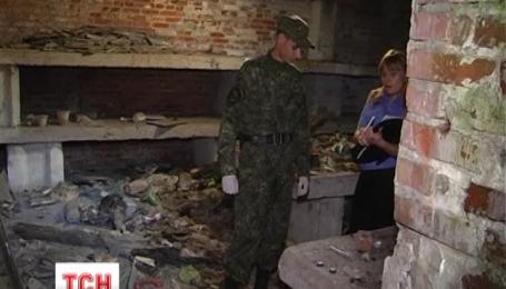 В Сумах возле железной дороги обнаружили тайник с боеприпасами