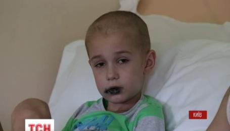 Потрібно 150 тисяч доларів, аби врятувати життя семирічному Дмитрику Баласу