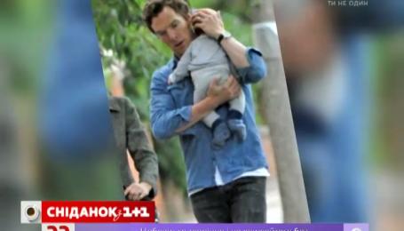 Зірку «Шерлока» вперше помітили разом із сином