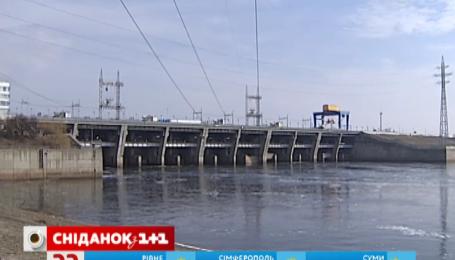 Маловодие рек может оставить ГЭС Украины зимой без аварийного резерва мощностей