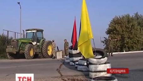 На треть уменьшилось количество грузовиков на пропускных пунктах в Крым