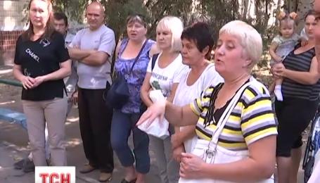 Комісія ВР з'ясовує, чому мешканці гуртожитку не можуть приватизувати житло у Дніпропетровську