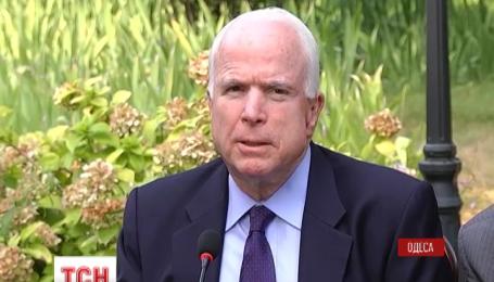 Хуліганом назвав Путіна американський сенатор Джон Маккейн