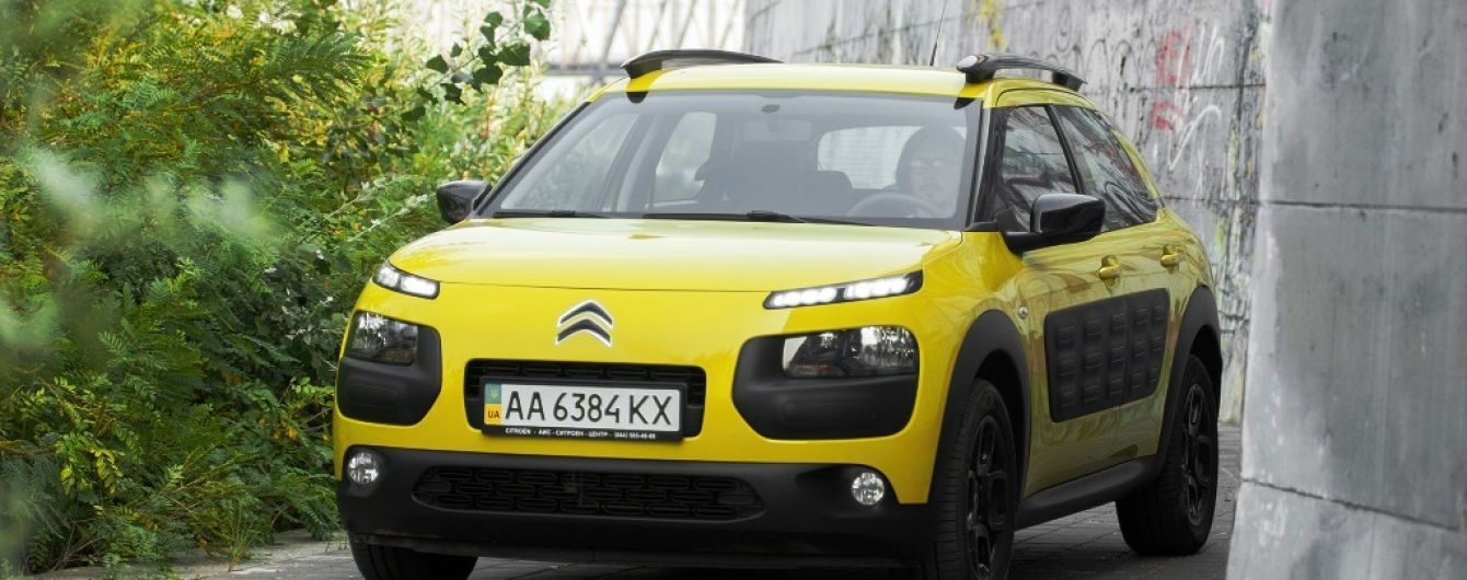 Видеотест-драйв Citroën C4 Cactus