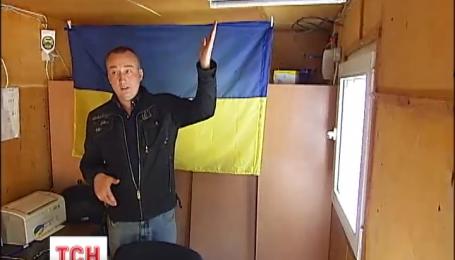 Киевлянин превратил собственный грузовик на полностью автономное место для работы