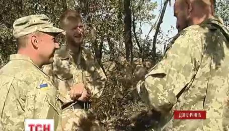 Командувачі батальйонів змушені просити у волонтерів подарунки, аби нагородити своїх солдатів