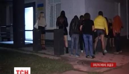 Під час рейду столична міліція склала 30 протоколів за заняття проституцією
