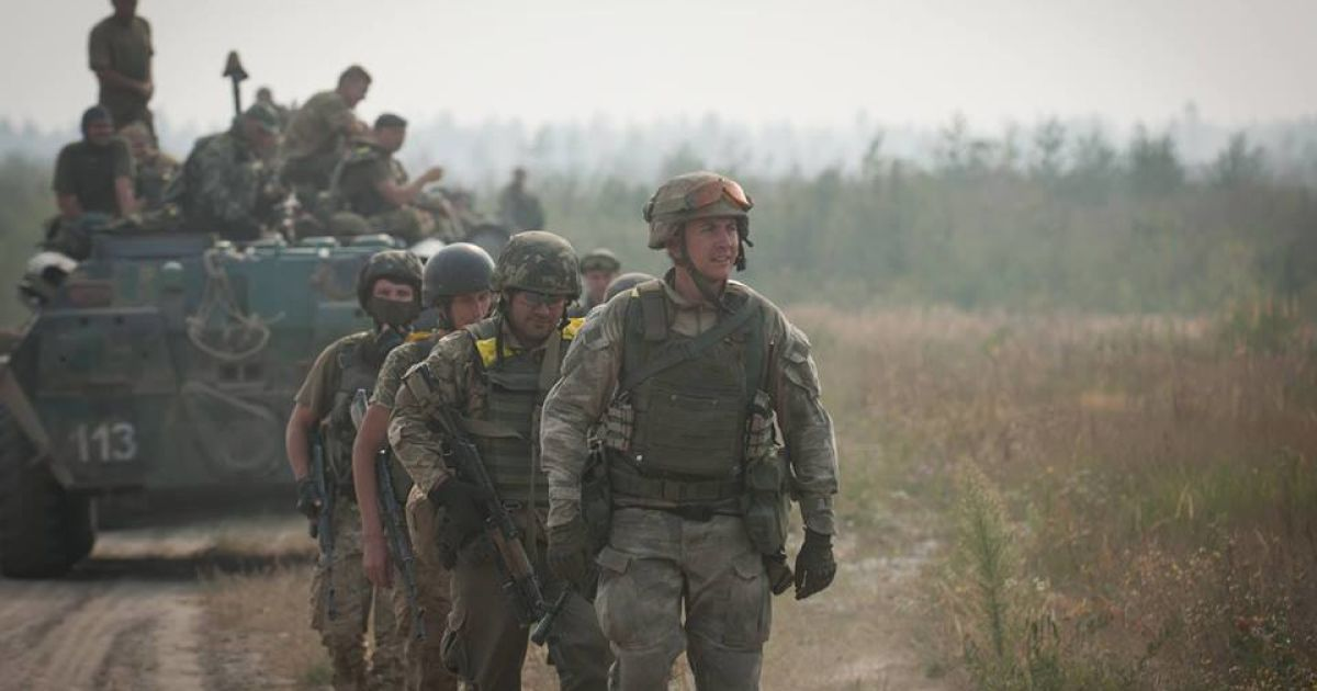 Вечерние провокационные обстрелы боевиков и тихая ночь на Донбассе. Хроника АТО