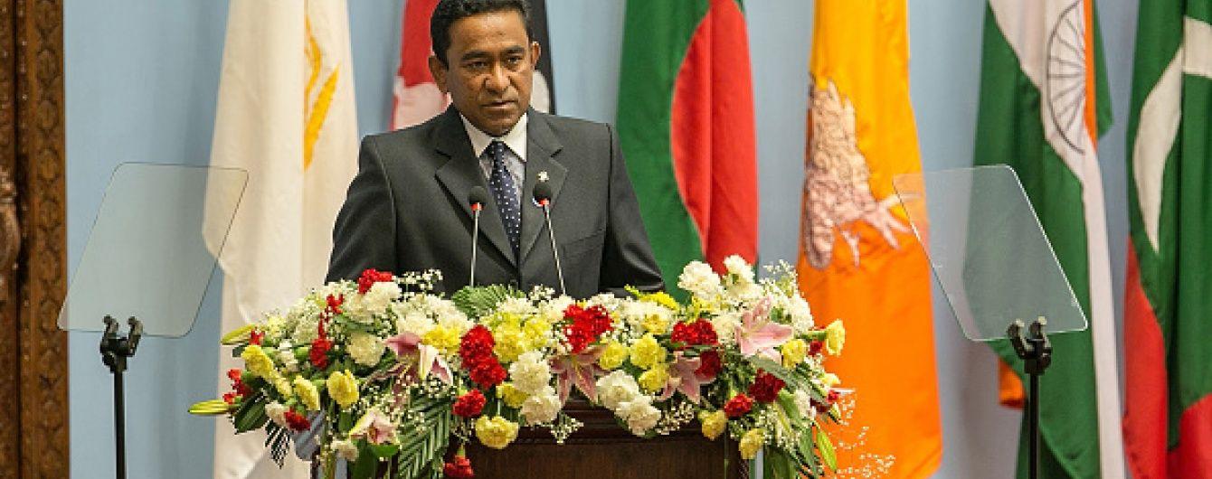 На катері президента Мальдівів пролунав вибух