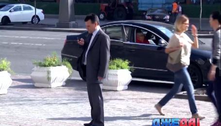 Столичные власти планируют с помощью цветов выгнать парковщиков с Крещатика