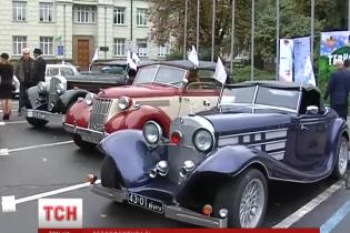 Фестиваль ретро машин у Києві зібрав рекордну кількість учасників