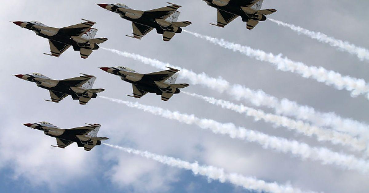 Россия требует от США немедленно вывести военные самолеты из Сирии