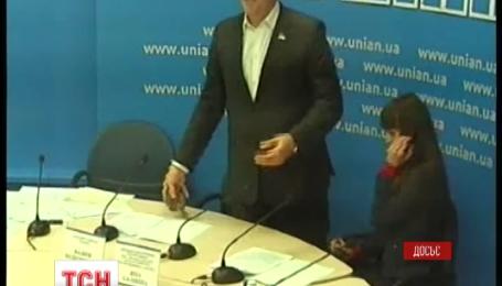 Одіозного Вадима Колесніченка сьогодні чекають на допит в СБУ
