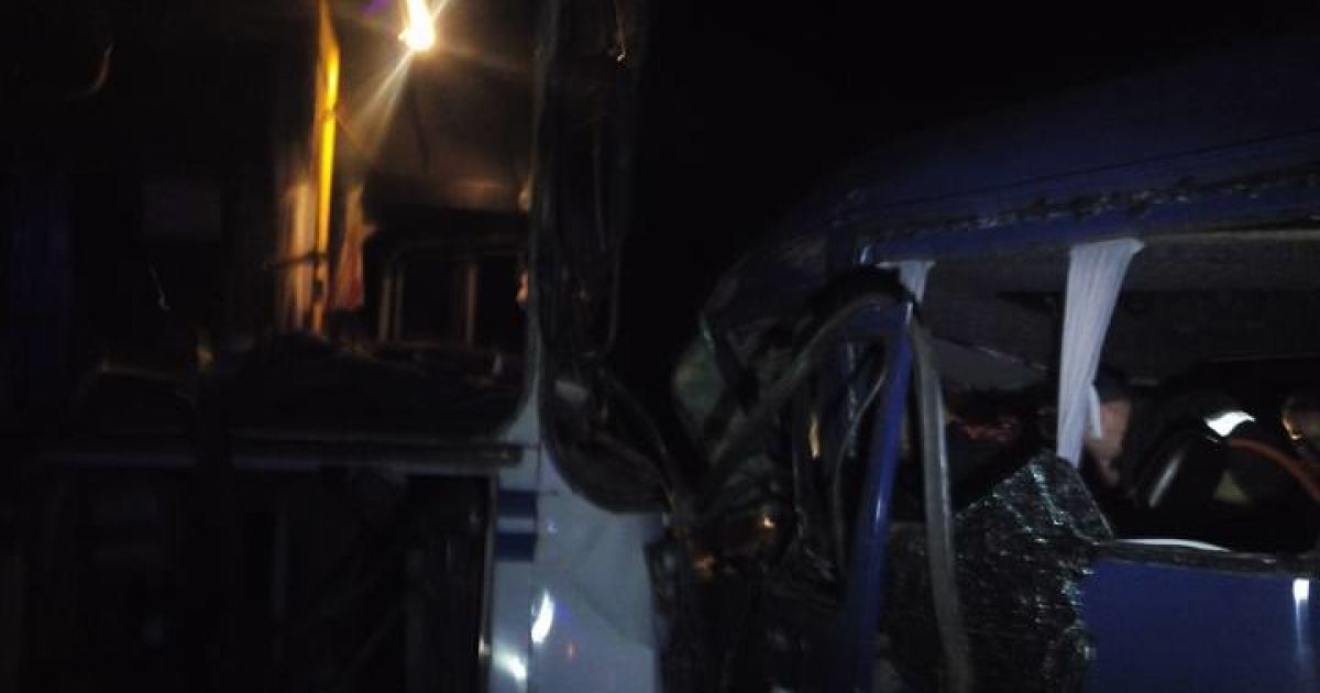 Под Ивано-Франковском столкнулись автобус и маршрутка @ 0342.ua