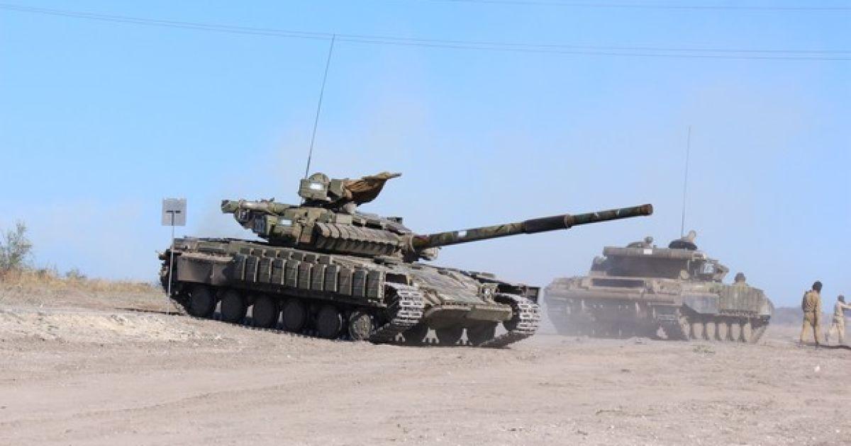 Боевики перенесли старт отвода танков с передовой на Донетчине