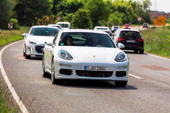 Porsche E-Hybird_3