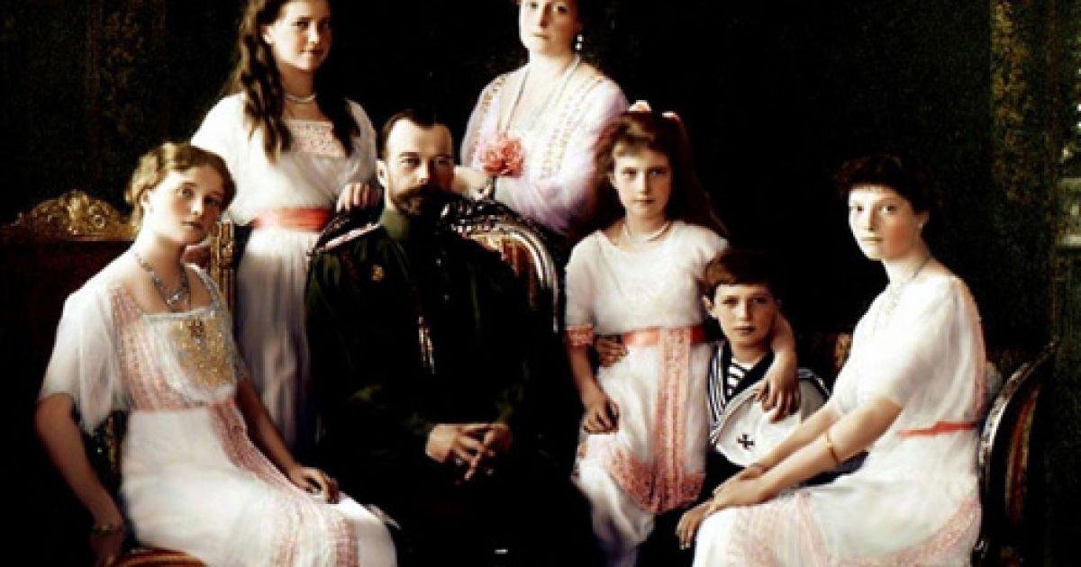 В РФ отложили перезахоронение останков царской семьи