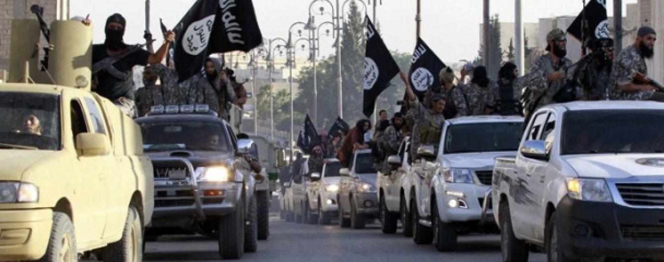"""Бойовики ІД розробляють ракети класу """"земля-повітря"""" - Sky News"""