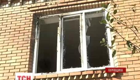 У Вовчанську на Харківщині невідомі удосвіта розстріляли приватний будинок з гранатомета