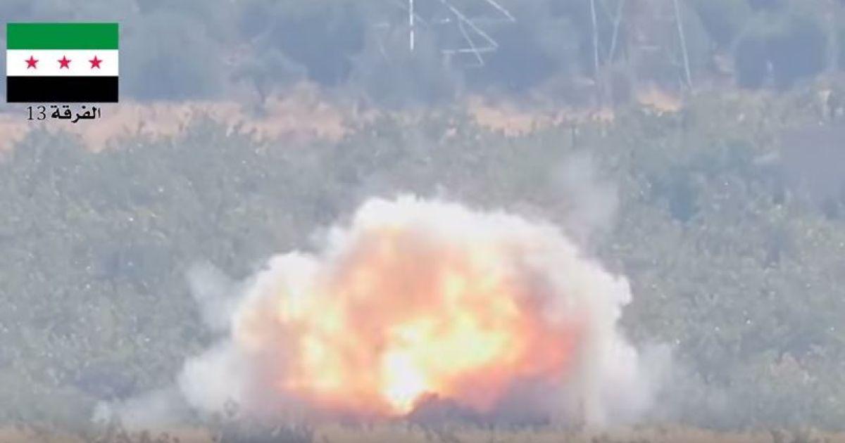 Повстанцы сняли на видео уничтожение танка армии Асада во время наступления на Хаму