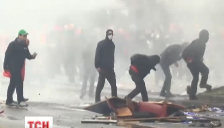 На вулицях Брюсселя протестувальники побилися з поліцією