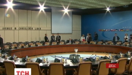 Министры обороны стран НАТО соберутся в Брюсселе, чтобы обсудить действия России в Сирии и в Украине