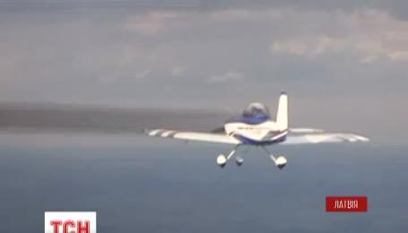 Украинские самолеты добрались до Латвии