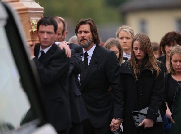 Похорон екс-дівчини Джима Керрі_3
