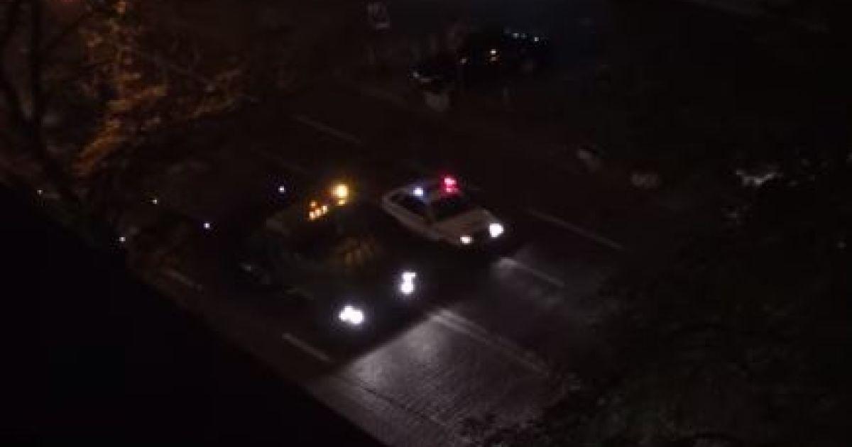 Ночью по центру Киева проехалась колонна военной техники (видео)