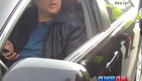 Пьяный российский атташе в Киеве влетел в отбойник