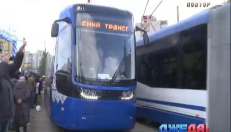 В столице состоялся парад трамваев