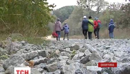 На Вінниччині діти до школи ходять пішки за десять кілометрів