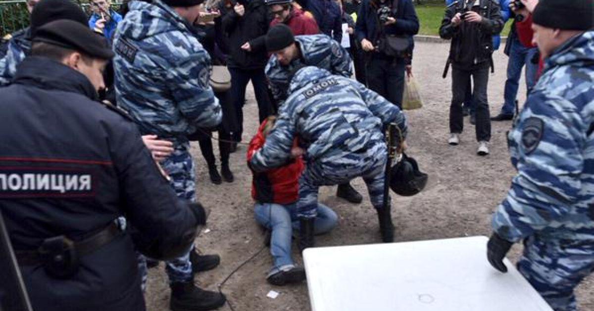 Антивоенный митинг в Москве завершился арестами активистов