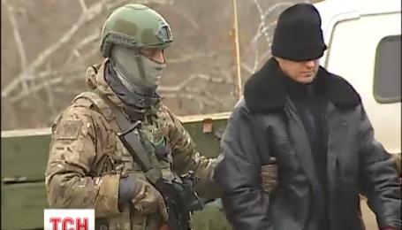 Бойовики утримують у полоні 148 громадян України