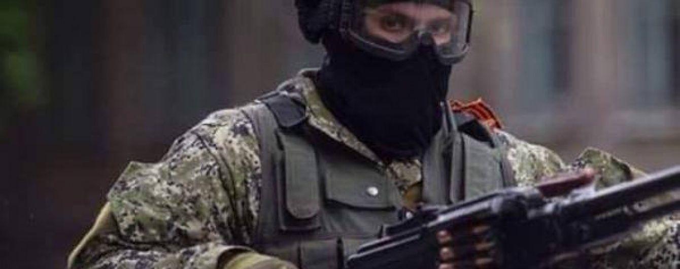П'яні бойовики з кулеметів та автоматів обстріляли житловий будинок у Саханці