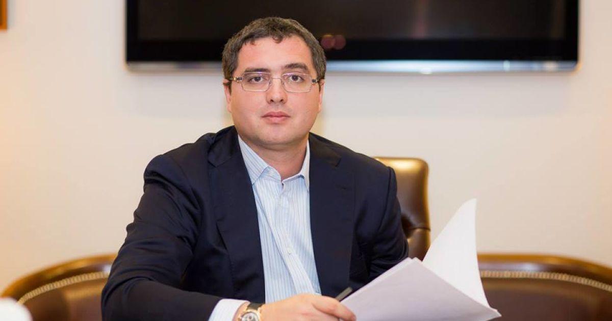 Молдавский оппозиционер вылетел в РФ после разоблачения в коррупции экс-премьера Филата